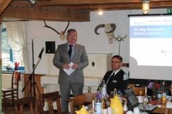 Dr. Jörg Bentmann, Bundesinnenministerium, lobt den Praxisbezug des KombiBUS-Projekts (Foto: Interlink GmbH, Fahrplangesellschaft B&B, raumkom)