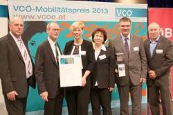 Die kombiBUS-Projektpartner gemeinsam mit VCÖ-Geschäftsführer Dr. Willi Nowak (rechts)
