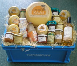 Regionale Produkte erreichen den Kunden dank kombiBUS auch in kleinen Paketen. (Foto: Q-Regio)